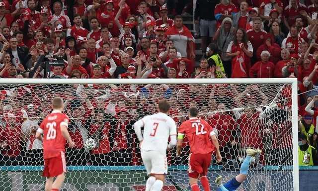 Главный тренер сборной России странно оправдался за разгромное поражение и вылет с Евро-2020