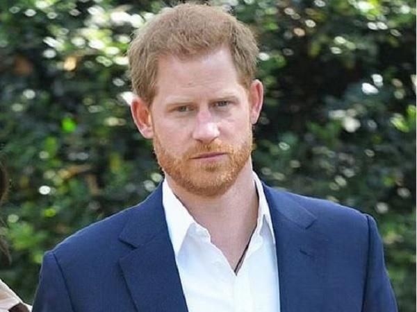Принц Гарри в ближайшие сутки вернется в Британию — СМИ