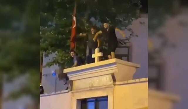 Эрдоган назвал провокацией танцы на стене армянского храма в Стамбуле