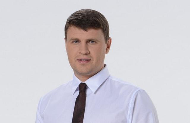 Депутат-драчун оказался крупным землевладельцем с шестью компаниями, личной гидроэлектростанцией и 3 млн грн доходов