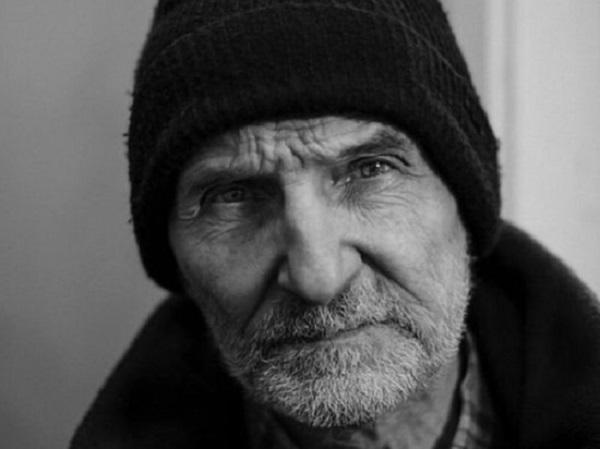 На похоронах Петра Мамонова гроб не поместился в могилу