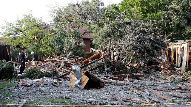 Мощный взрыв в Техасе разрушил жилой дом: жуткие фото, видео