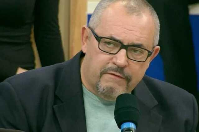 Президиум центрального совета СР не стал снимать с выборов экс-помощника Кириенко