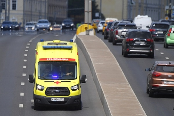 Грузовик насмерть сбил двух пешеходов в Новой Москве