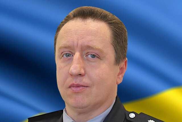 Замглавы полиции Винницкой области оформил авто на своего отца