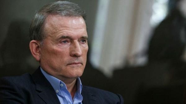 СМИ: азербайджанцы тайно берут под крыло нефтебизнес подсанкционного Медведчука