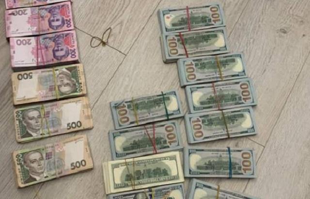 В Днепре госисполнители воровали деньги с государственных депозитов
