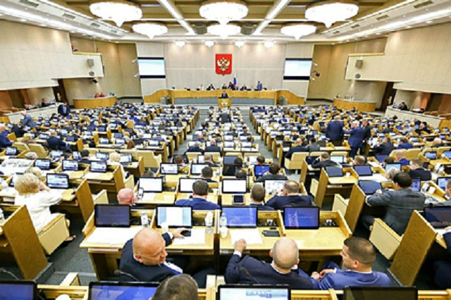 Ведущие социологи и политологи России оценили рейтинги партий