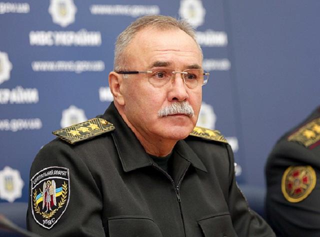 Перед увольнением замминистра МВД Яровой получил полмиллиона гривен «одноразовой помощи»