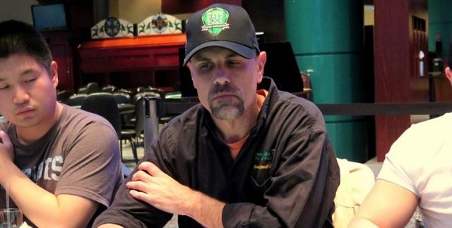 Игроку в покер навсегда запретили посещать казино из-за шутки о самоубийстве
