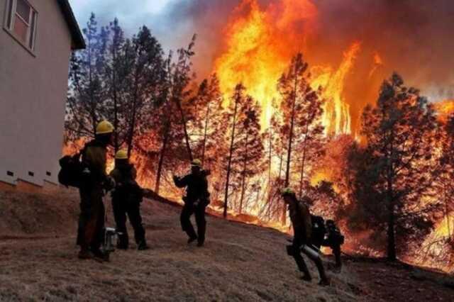 В США лесные пожары бушуют в более десяти штатах