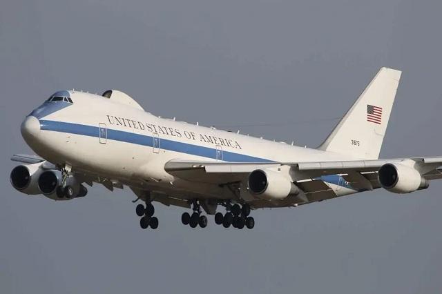 Пентагон показал дозаправку в воздухе самолёта «Судного дня»
