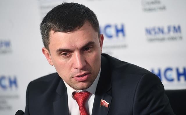 Красная дорожка депутата Бондаренко