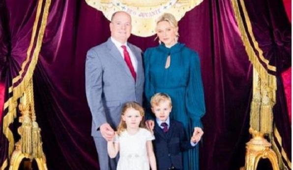 Княгиня Монако уже полгода живёт отдельно от мужа и детей — на фоне слухов о разводе