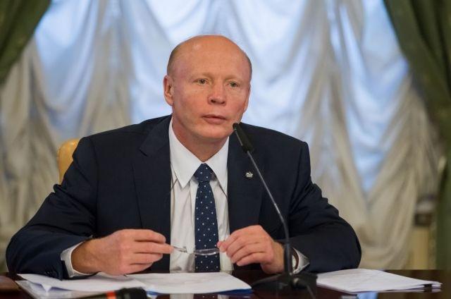 Сергей Бачин избавляется от активов, прежде чем до них добираются налоговики