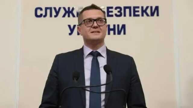Схемы с контрабандой одежды и электроники: стало известно за что уволили «кассира Баканова»