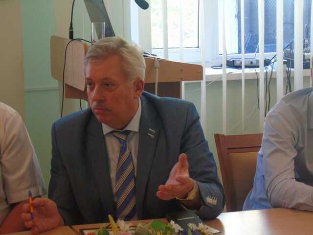 Экс-директор института НАНУ получил восемь лет за взятку