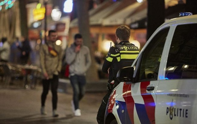 Сотрудников аэропорта Амстердама задержали после перехвата 321 килограмма кокаина