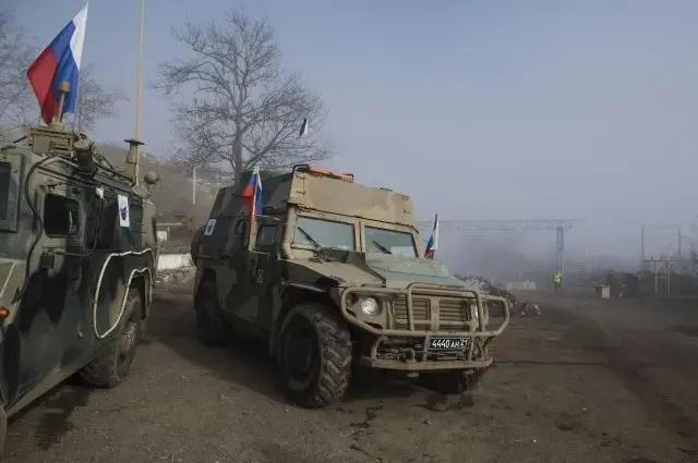 Армения заявила о размещении пограничников РФ у границы с Азербайджаном
