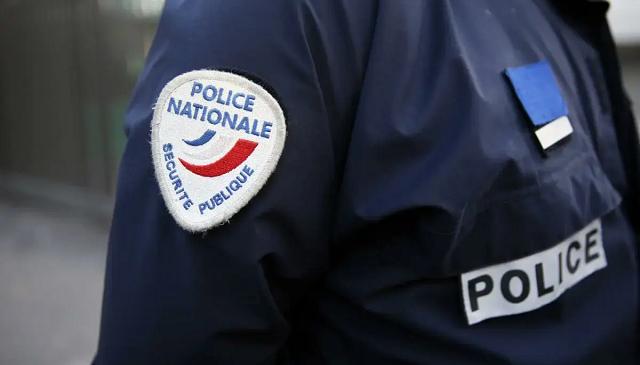 Во Франции мужчина после смерти жены обнаружил дома останки детей в пакетах