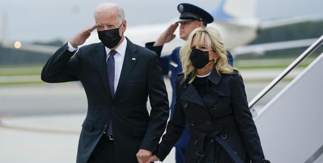 Байден с женой лично встретили тела американских солдат, погибших в Кабуле