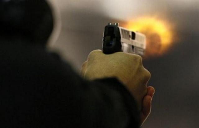 В Запорожье двое мужчин расстреляли пятерых людей из пистолета