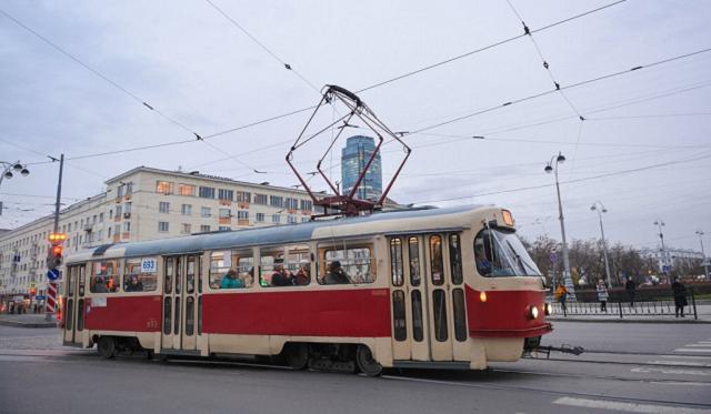 Густелев перенесет трамвай в угоду Алиеву