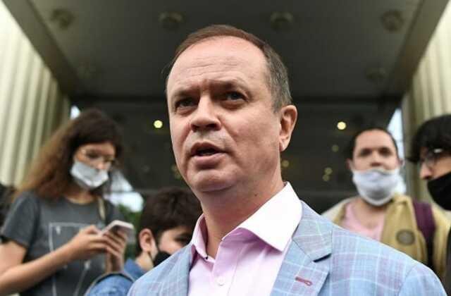 Адвокат Иван Павлов, защищавший Ивана Сафронова, уехал из России