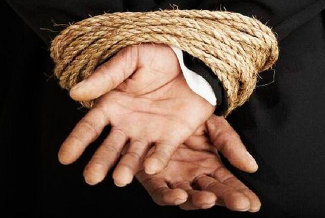 Замначальника полиции Харьковской области уличили в хищении 200 тысяч гривен