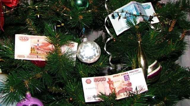 Новосибирский полицейский получил приговор за взятку елкой