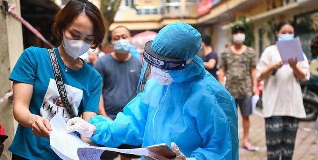 Зараженный коронавирусом мужчина притворился врачом и выписал из больницы COVID-больных