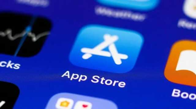 Более шести часов в магазине приложений App Store наблюдались неполадки в работе