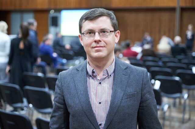 Депутат Фролов купил у Пятницы киевскую квартиру за 2,4 млн грн