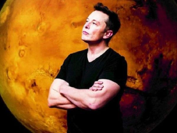 Илон Маск взбудоражил соцсети заявлением об НЛО