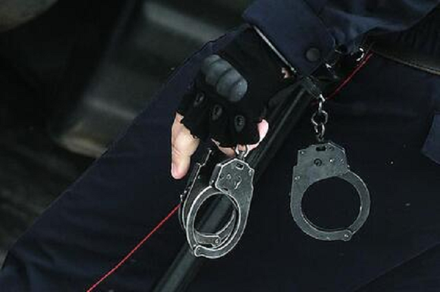 Российские полицейские прикрыли семейный наркобизнес