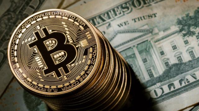 """Курс биткоина """"взорвется"""" в октябре: криптовалюте прогнозируют новые максимумы"""