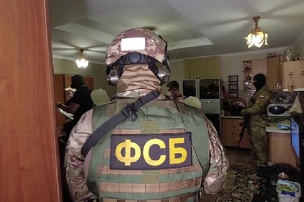 ФСБ разгромила ячейку экстремистов в Екатеринбурге