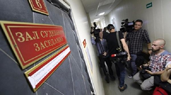 В книжном Петербурга писателя обматерили и вызвали на драку после вопроса о продаже книг