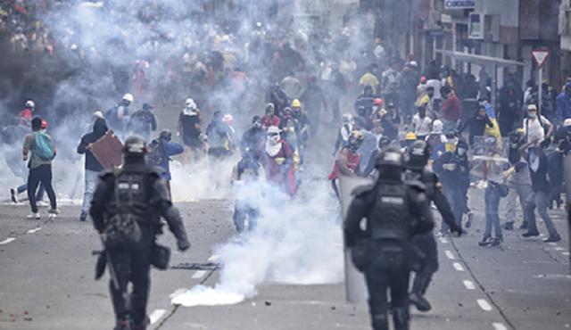 Полицейского обвинили в убийстве студента в ходе протестов в Колумбии