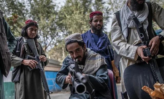 """""""Талибан"""" объявил о планах возродить телесные наказания и казни в Афганистане"""