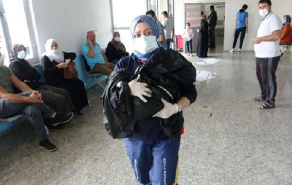 В Турции ребёнка живьем закопали в землю
