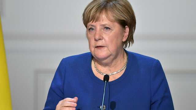 Огород с капустой и скандинавская ходьба: чем займется Меркель после выхода на пенсию и сколько будет получать