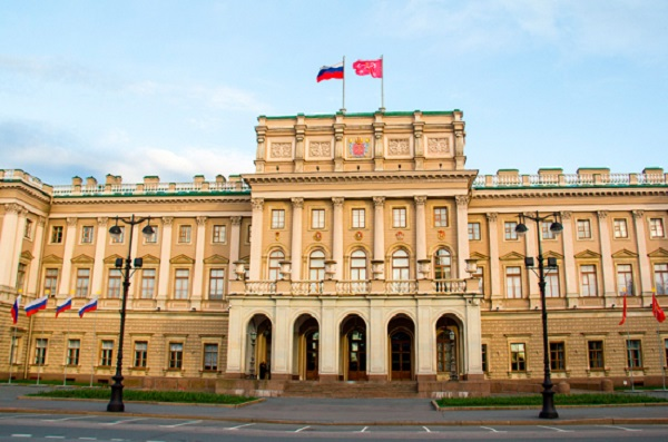 Пять кандидатов в депутаты Заксобрания Петербурга отказались от своих мандатов