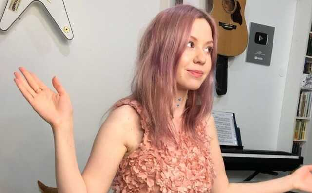 Блогер Мари Говори — о политической цензуре на YouTube, давлении властей, эмиграции и судьбе сатиры в РФ