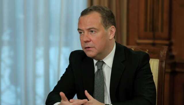 Медведев объяснил свое отсутствие в списке «Единой России» на прошедших выборах