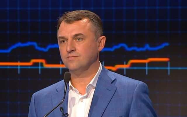 Глава Нацкомиссии по энергетике и коммунальным услугам Тарасюк заявил о покупке в Эмиратах ювелирных изделий и одежды Burberry