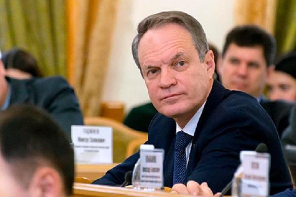 В Совфеде оценили прогноз Суркова об исчезновении парламента