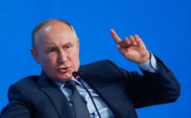 Путин посоветовал оставить переживания о смерти демократии в России