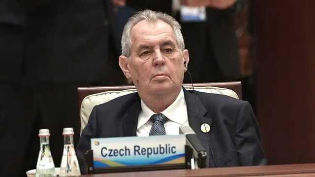 У госпитализированного президента Чехии серьёзные проблемы с печенью — СМИ